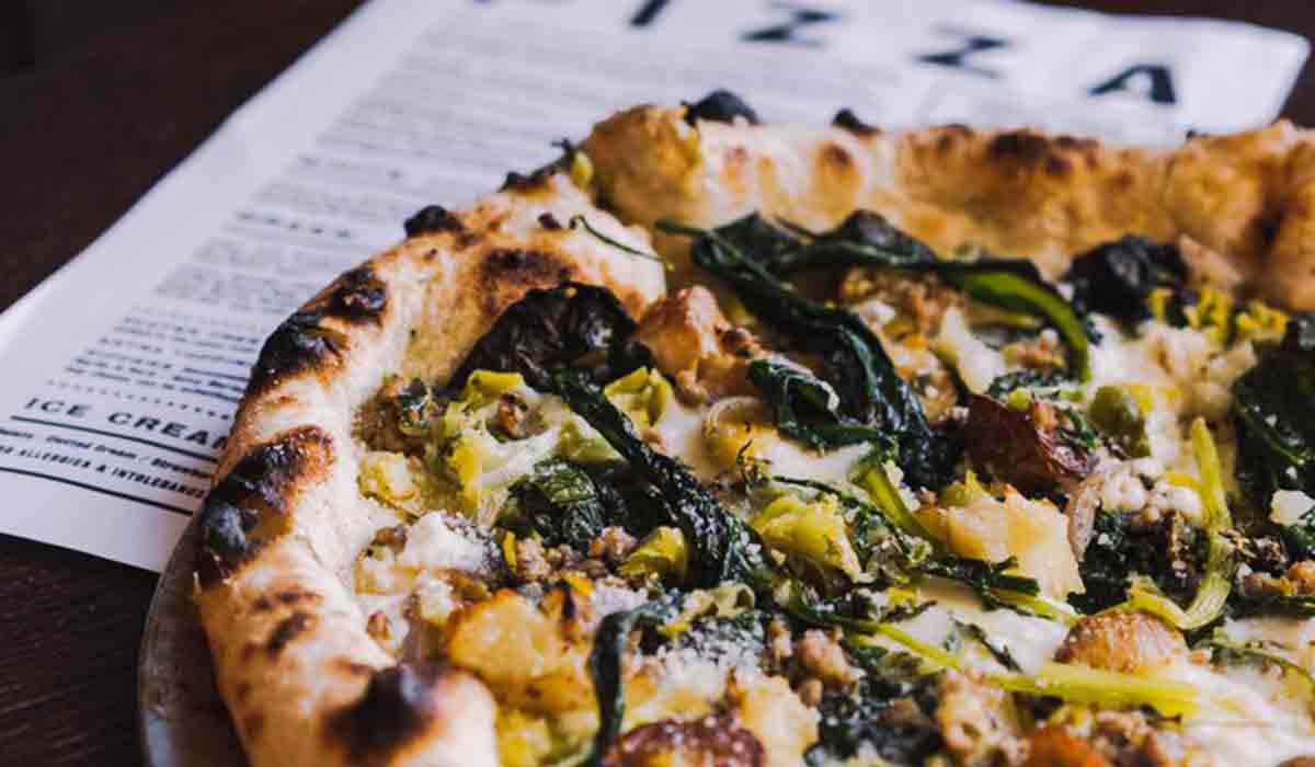 Pizza with thyme