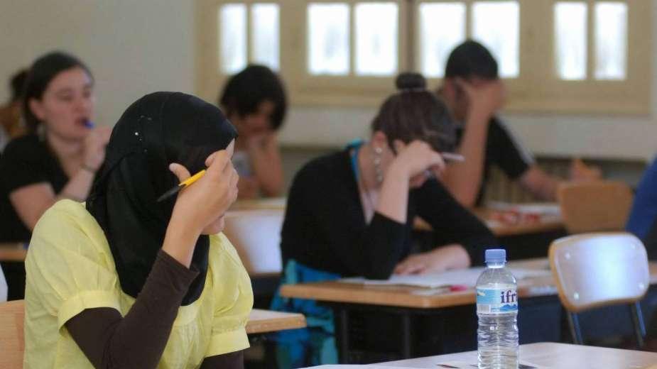طالبة ثانوي لمرورها بأزمة نفسية فى الشرقية