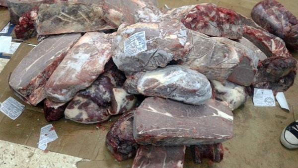 صورة ضبط كبده وسجق فاسد في مصانع العاشر من رمضان