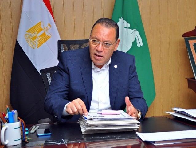 صورة محافظ الشرقية يُنعى وفاة الدكتور مصطفى السعيد وزير الإقتصاد الأسبق ابن مركز ديرب نجم