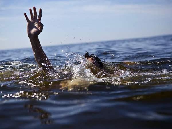 صورة مصرع 7 أشخاص غرقا بشاطئ النخيل بـ الإسكندرية