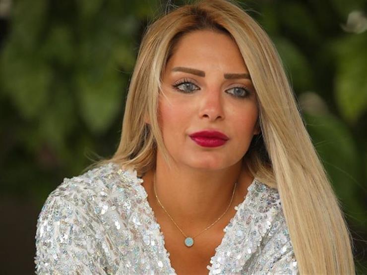 أنباء طلاقها من محمد رشاد.. أول تعليق من مي حلمي