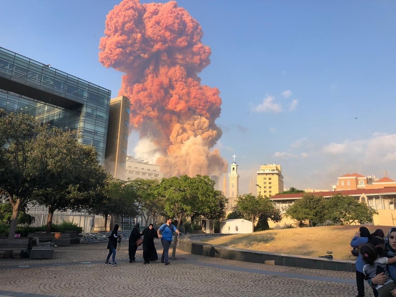 صورة ناجون مصريون يدلون بشهادتهم حول انفجار بيروت