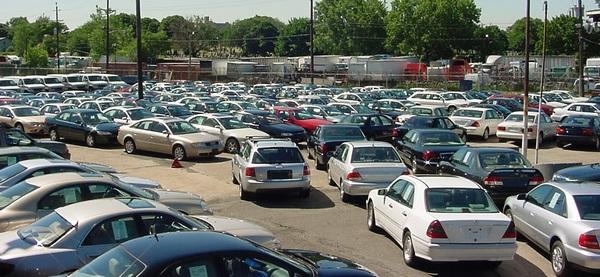 صورة بعد توجه الحكومة لإحلالها.. صناعة النواب: 6 سيارات ستختفي من الشارع نهائيا