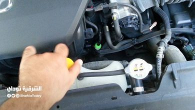 صورة تزويد مياه السيارة .. نصائح هامة أثناء تزويد ريداتير سيارتك.. اعرف التفاصيل