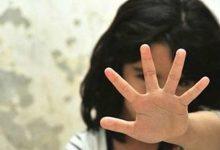 صورة تصوير طفلة بدون ملابس بالشرقية لإجبارها للعودة لطليقها بتحريض والدها