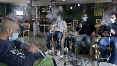 صورة حقيقة عودة الشيشة إلى المقاهي.. الحكومة توضح