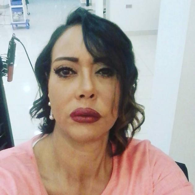 صورة نهى العمروسي تدافع عن ابنتها بعد تورطها في جريمة الفيرمونت