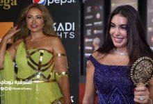 """صورة """"نظرتها بتمثلني جدا"""".. ياسمين صبري وليلى علوى أشهر كوميكس في مصر بسبب صورة في الجونة"""