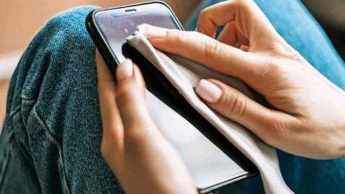 صورة هاني الناظر يكشف مدة بقاء فيروس كورونا على الهاتف المحمول