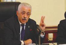 صورة وزير التعليم يكشف حقيقة وقف الدراسة 6 أيام