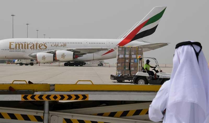 دول عربية تعلق حركة الطيران