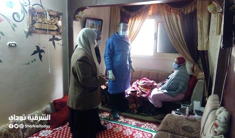 الشرقية ووكيل وزارة الصحة يتابعان أول حالات العزل المنزلي بالشرقية6