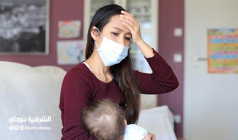 هل ينتقل كورونا أثناء الرضاعة من الأم المصابة للطفل؟ الصحة تجيب
