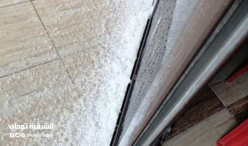 لحظة تساقط الثلج على الإسكندرية