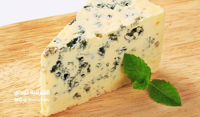أم آمنة .. معلومات لا تعرفها عن الجبن الريكفورد