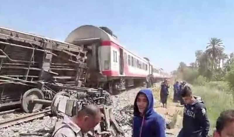 عدد ضحايا تصادم قطاري سوهاج