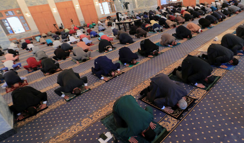 غلق مساجد المحافظات الأعلى إصابة