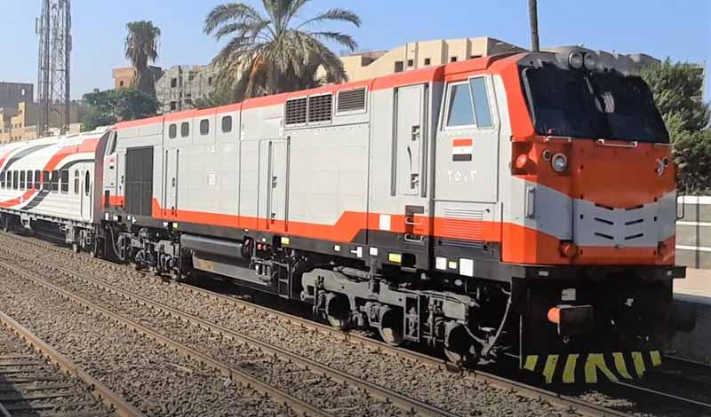 تحذيرات من السكة الحديد للركاب