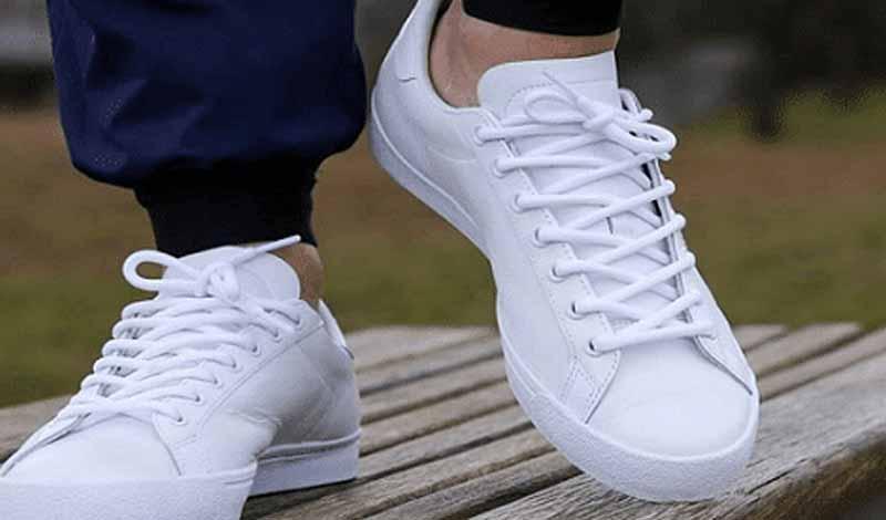 نظافة الحذاء الأبيض