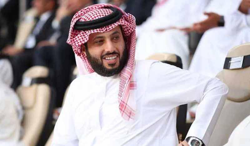 تركي آل الشيخ يحرج رئيس الزمالك
